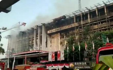 Penampakan Gedung Kejagung Setelah 11 Jam Terbakar